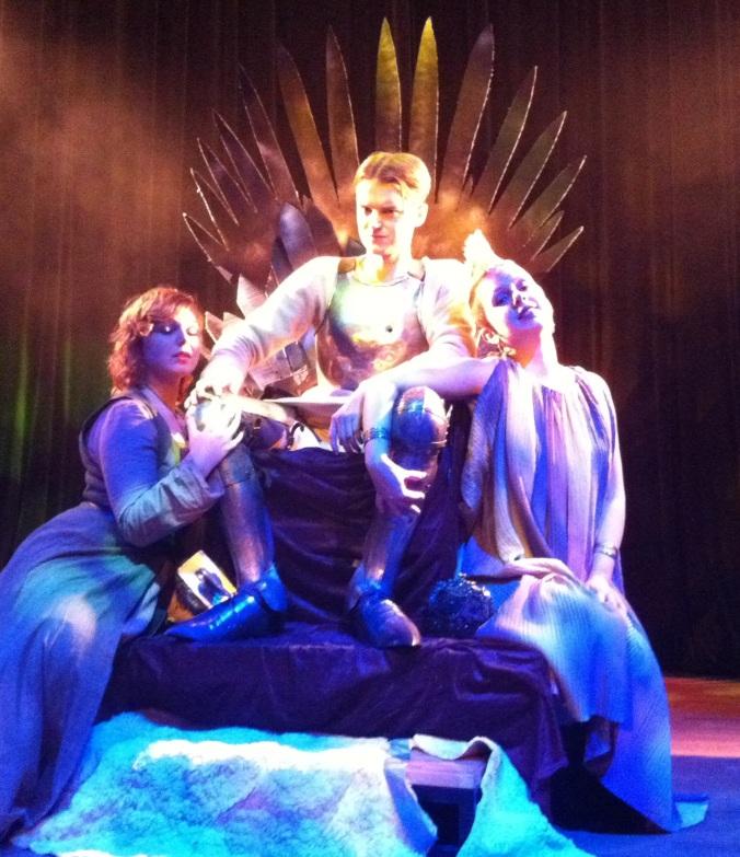 Jaime Lannister intar järntronen på NalenTV