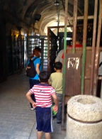 Checkpoint for the Palestinians to the Ibrahim Mosque in Hebron